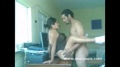 indian couple nawaz and hira sex on a table