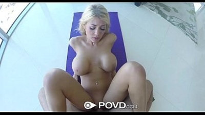HD POVD Hot Kayla Kayden flaunts her ass and pussy in yoga