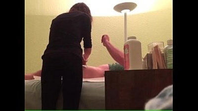 Errection Cum during male waxing